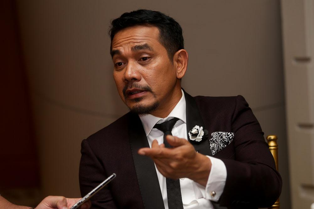 Datuk Rosyam Nor advised celebrities to withdraw from shooting if they are not willing to get vaccinated. — Picture by Choo Choy May