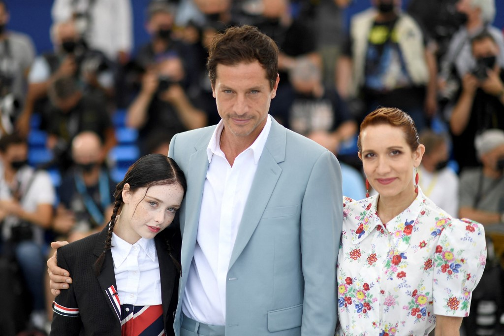(From left) US actress Suzanna Son, US actor Simon Rex and US actress Bree Elrod pose during a photocall for the film 'Red Rocket' at the 74th edition of the Cannes Film Festival in Cannes, France, on July 15, 2021. — AFP pic